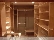 Продается гардеробная комната 6